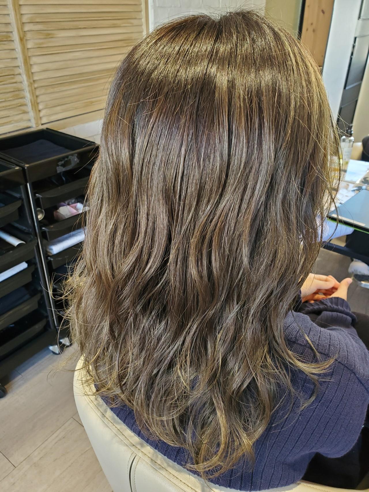 透明感カラー マット ストリート ミディアム ヘアスタイルや髪型の写真・画像