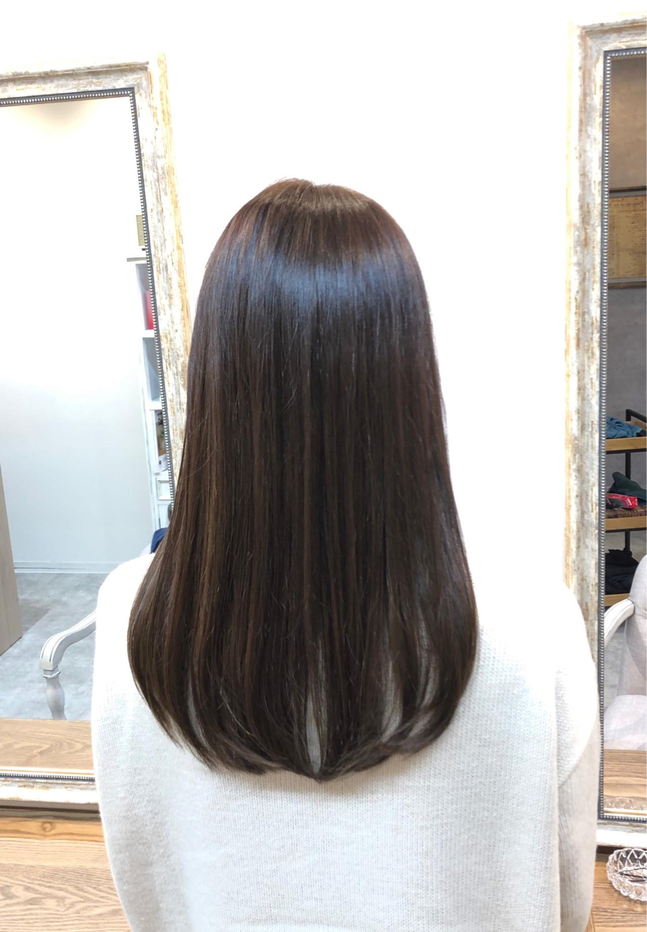 オフィス ナチュラル 外国人風カラー セミロング ヘアスタイルや髪型の写真・画像 | oki / hair&head spa  elly