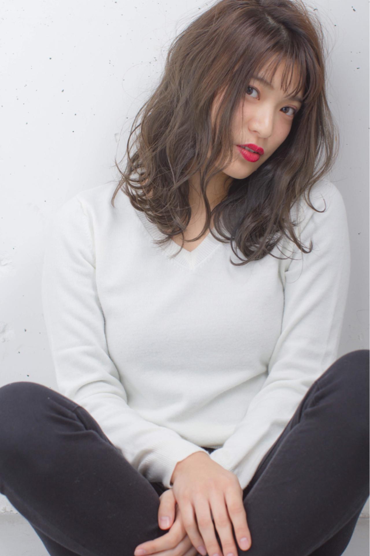 ハイライト 外国人風 暗髪 ストリート ヘアスタイルや髪型の写真・画像 | 長谷川 聖太 / sowi hair design  (ソーイ)