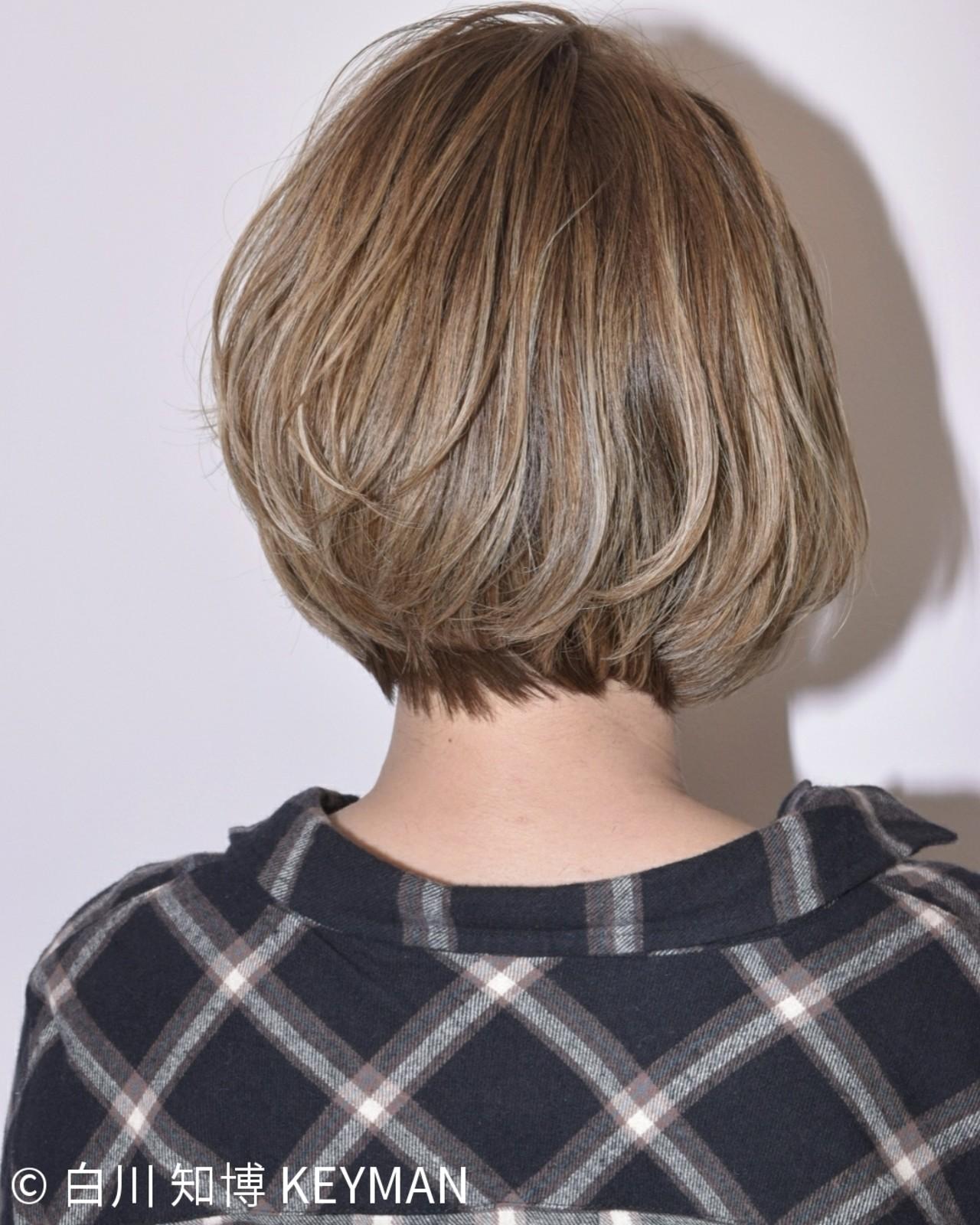 アウトドア ウェーブ アンニュイ ハイライト ヘアスタイルや髪型の写真・画像   白川 知博 KEYMAN / KEYMAN