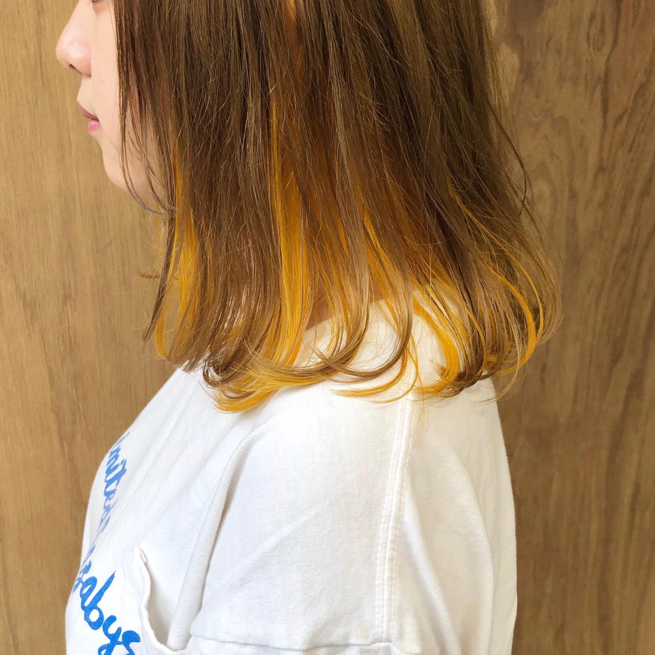 ボブ インナーカラー ガーリー 外ハネボブ ヘアスタイルや髪型の写真・画像 | 松井勇樹 / TWiGGY  歩行町店