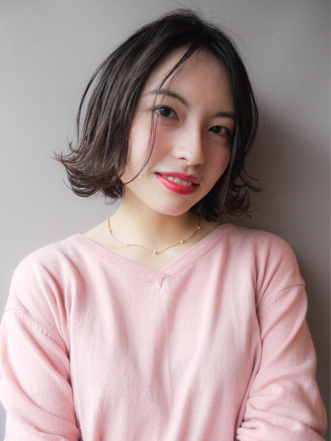 ゆるふわ オフィス 外ハネ 大人かわいい ヘアスタイルや髪型の写真・画像   HIROKI / roijir / roijir