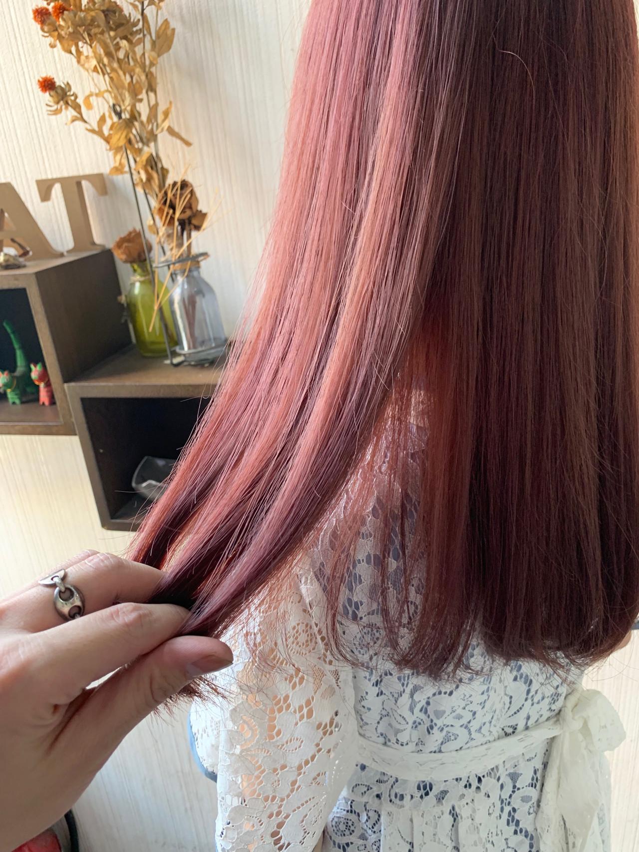 大人かわいい ミディアム ピンクベージュ ヘアアレンジ ヘアスタイルや髪型の写真・画像