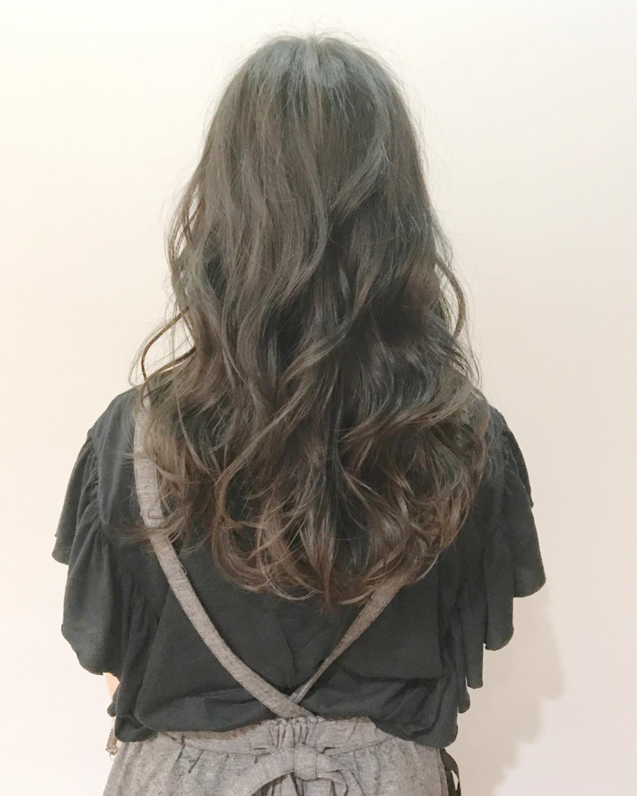デート ナチュラル ヘアアレンジ カール ヘアスタイルや髪型の写真・画像 | Ishibashi Kazuyuki / TriumpH 【トライアンフ】