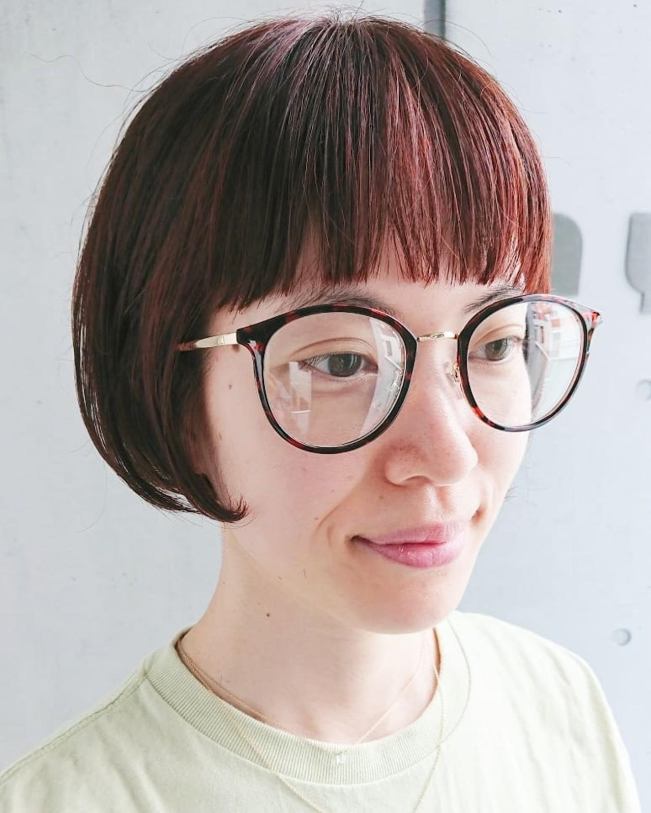 デート ミニボブ 前髪パッツン ショートボブ ヘアスタイルや髪型の写真・画像