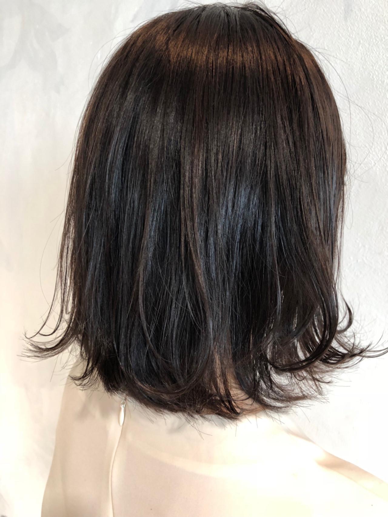 暗髪 ボブ アッシュグレージュ ナチュラル ヘアスタイルや髪型の写真・画像 | Garden Tokyo 河上 / Garden Tokyo