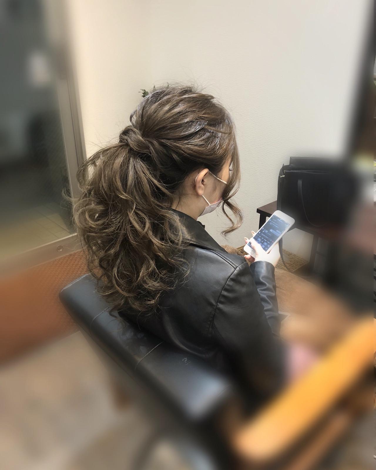 ヘアアレンジ ヘアセット ポニーテールアレンジ ねじり ヘアスタイルや髪型の写真・画像