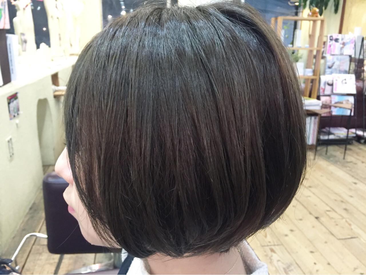 イルミナカラー アッシュグレー 似合わせ 透明感 ヘアスタイルや髪型の写真・画像 | 星野忍伸 / SHAMPOOBOY FLAP