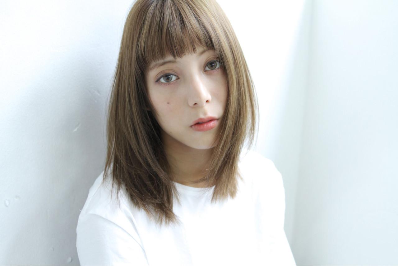 アッシュ 外国人風 こなれ感 ミディアム ヘアスタイルや髪型の写真・画像 | 清水 孝純 / Rose