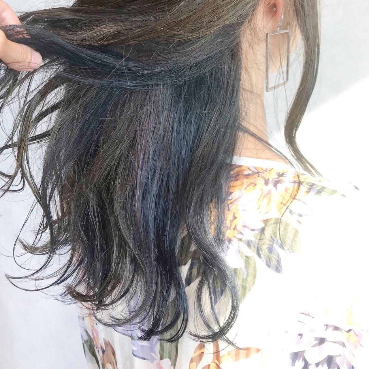 大人かわいい インナーカラー ダブルカラー 涼しげ ヘアスタイルや髪型の写真・画像