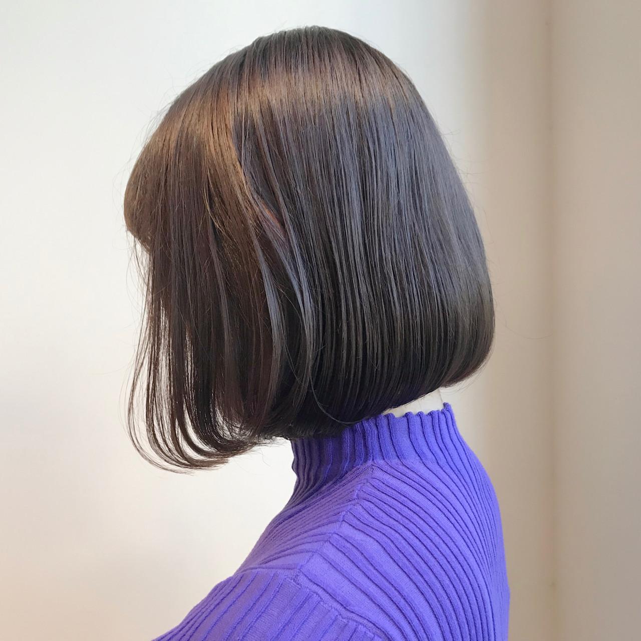 ショートボブ グレージュ 透明感カラー ボブ ヘアスタイルや髪型の写真・画像 | 村西 郁人 / rue
