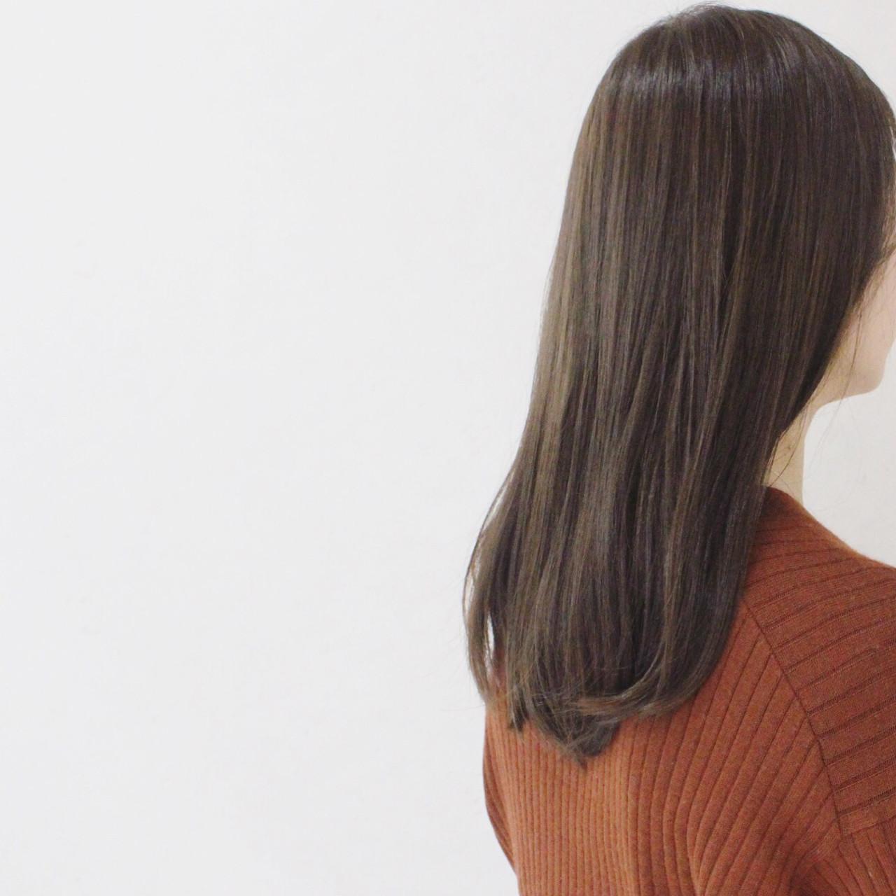グレージュ 大人かわいい アッシュ ハイライト ヘアスタイルや髪型の写真・画像