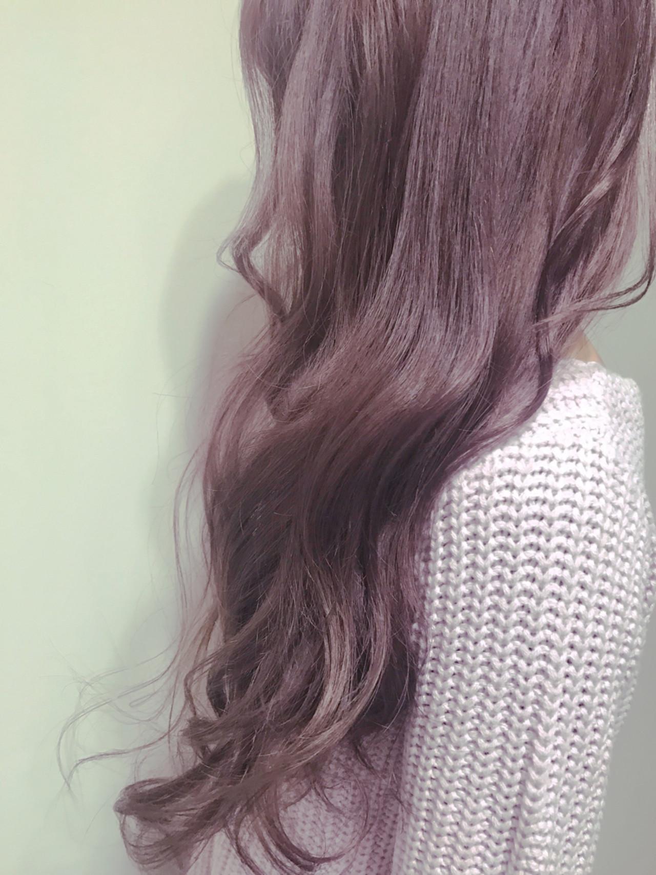 ハイライト フェミニン アッシュ モーブ ヘアスタイルや髪型の写真・画像