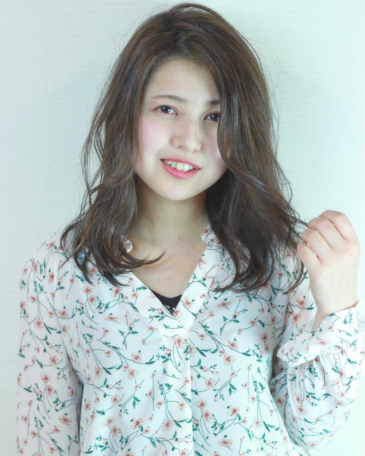 ゆるふわ ナチュラル アンニュイ グレージュ ヘアスタイルや髪型の写真・画像 | 松田 和幸 / tuuli
