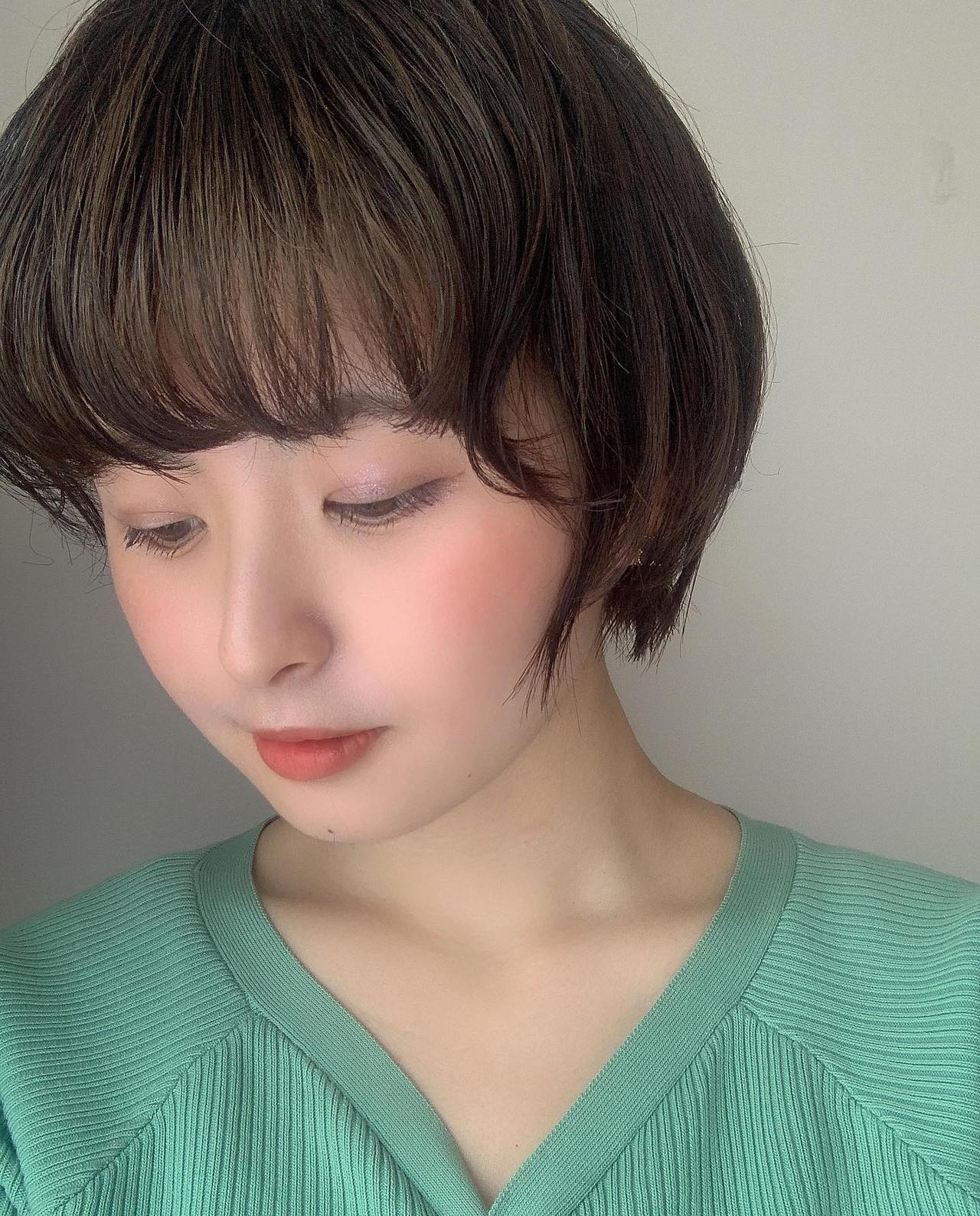 ショート ショートヘア グレージュ ショートボブ ヘアスタイルや髪型の写真・画像 | Reina /