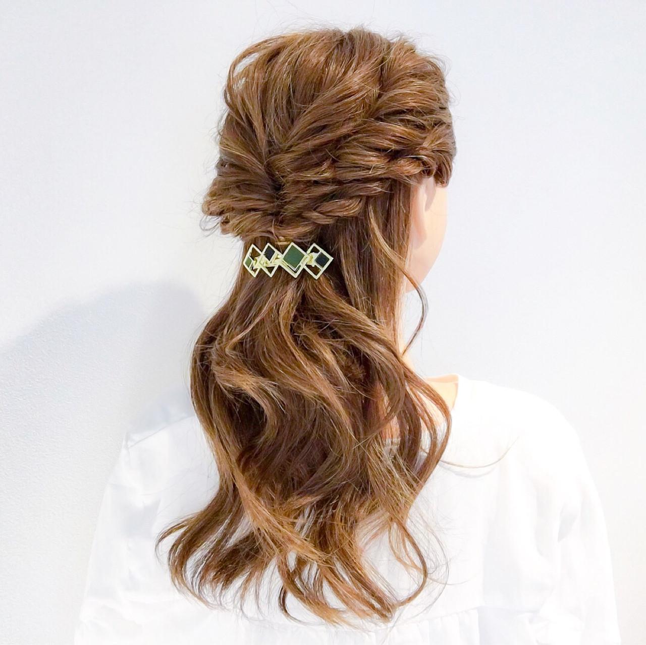 ロング 簡単ヘアアレンジ ヘアアレンジ ショート ヘアスタイルや髪型の写真・画像
