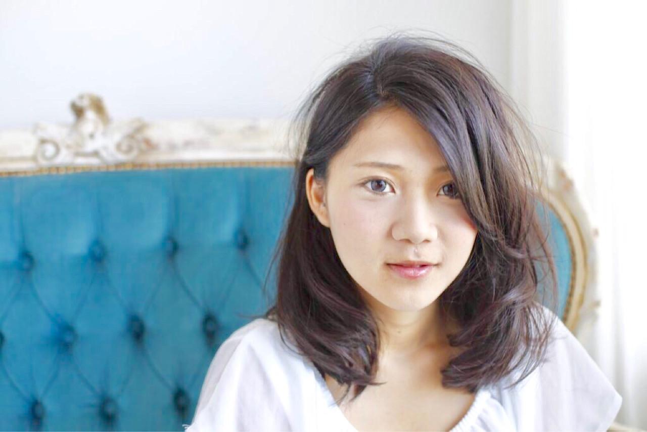 ミルクティー デート 小顔 大人女子 ヘアスタイルや髪型の写真・画像