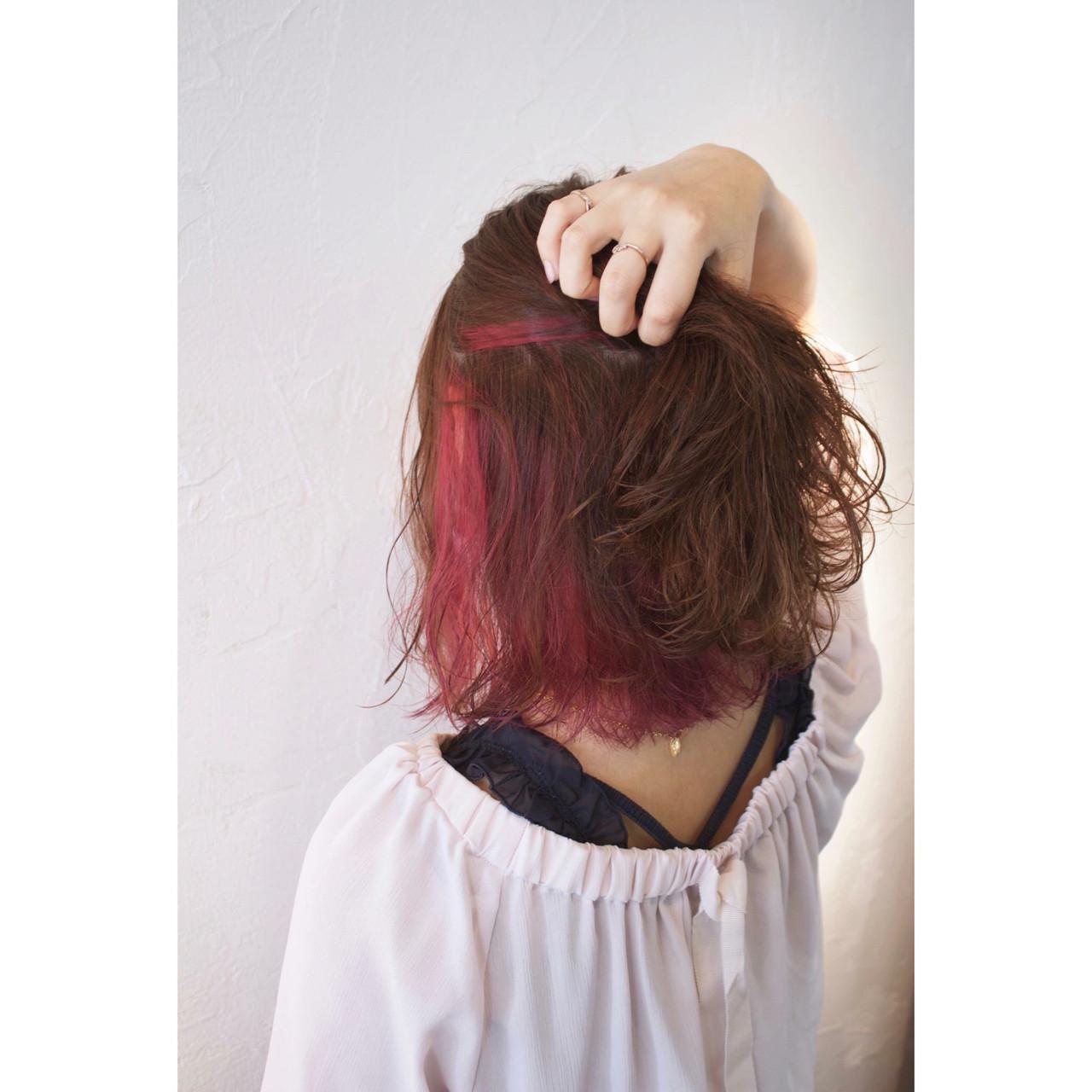 ウェーブ ヘアアレンジ 女子会 インナーカラー ヘアスタイルや髪型の写真・画像