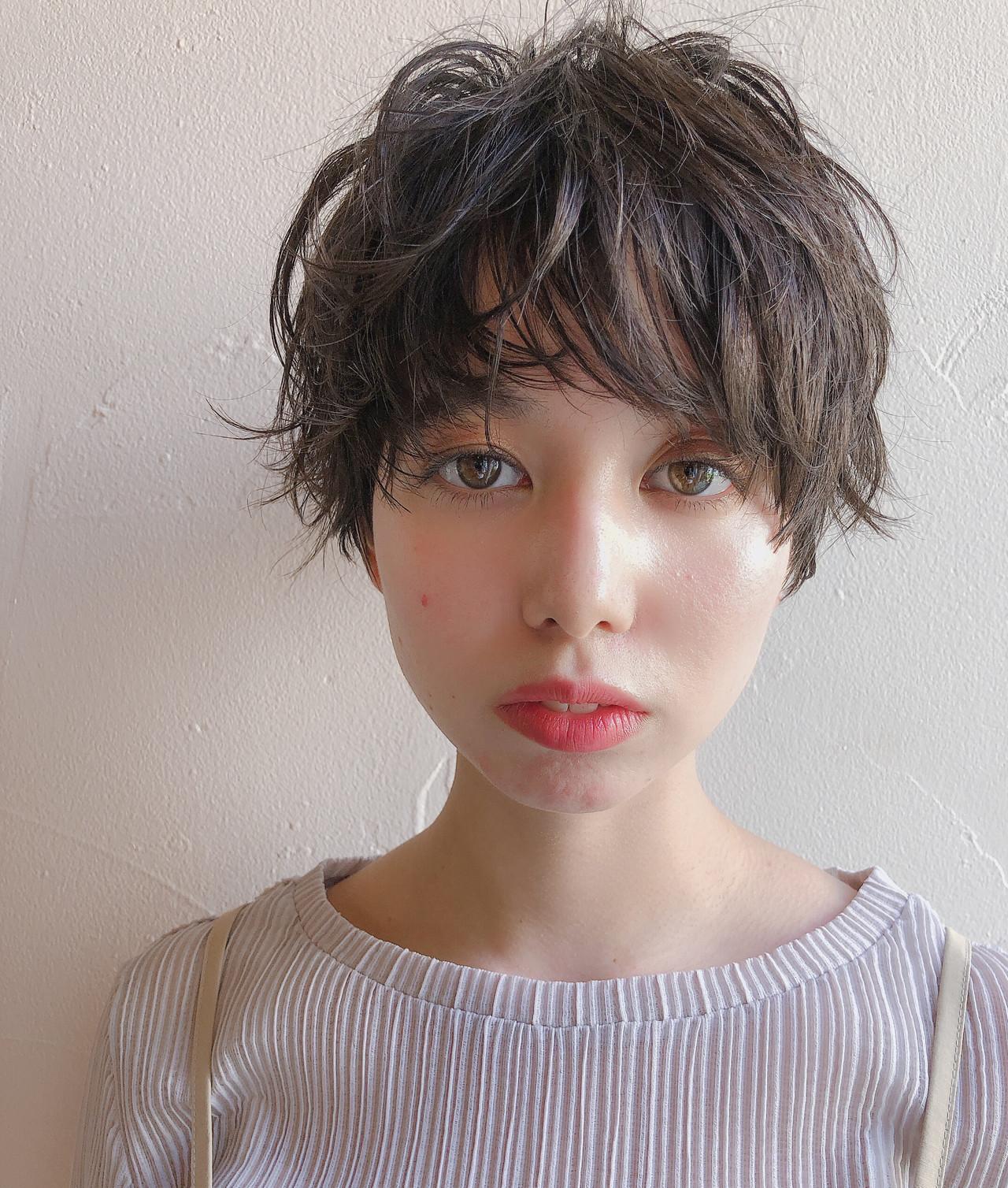 パーマ マッシュ ハイライト ショート ヘアスタイルや髪型の写真・画像