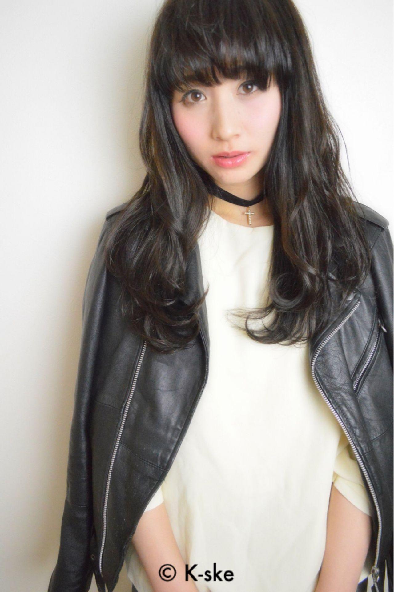 黒髪 暗髪 外国人風 ウェットヘア ヘアスタイルや髪型の写真・画像