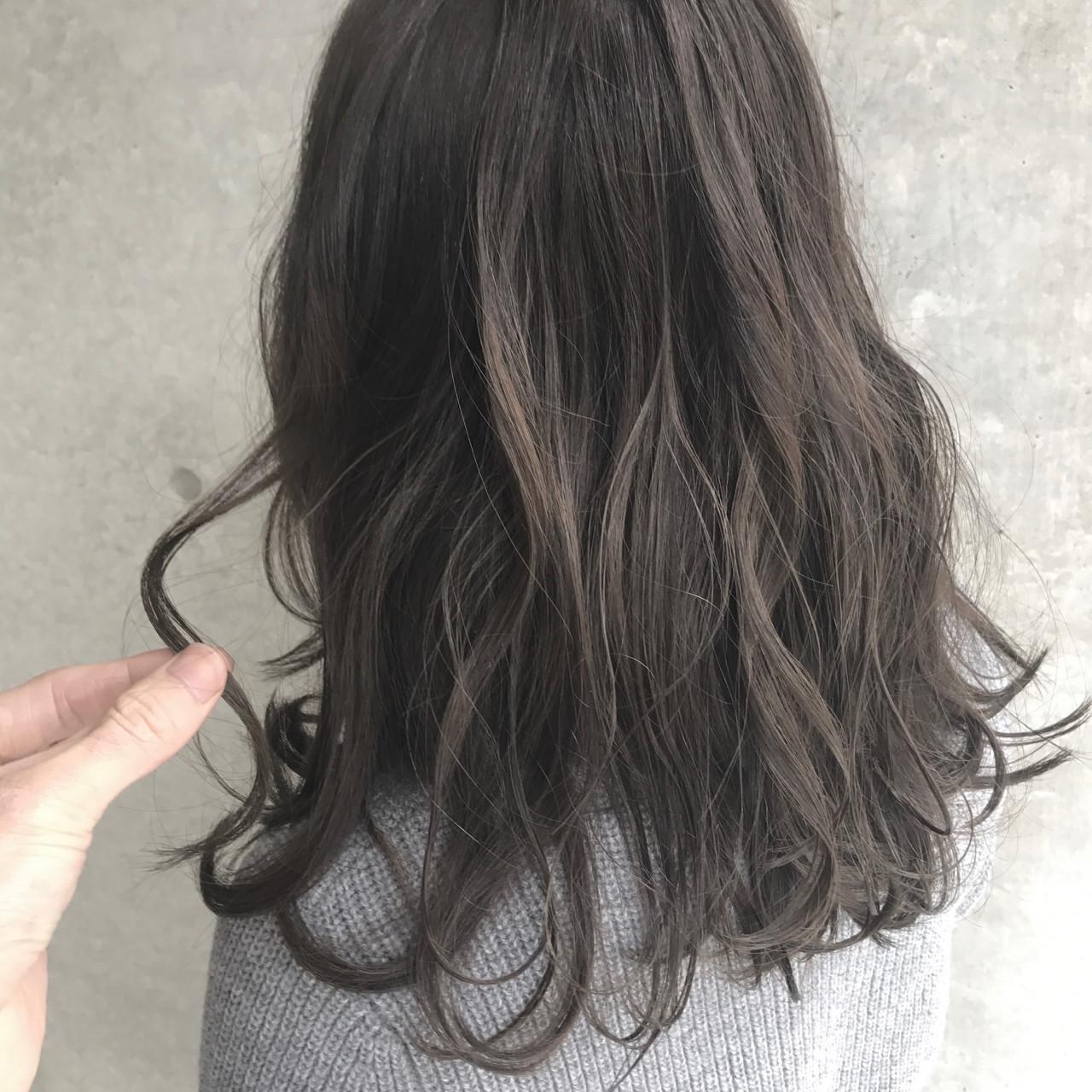 ナチュラル ミディアム インナーカラー 大人かわいい ヘアスタイルや髪型の写真・画像