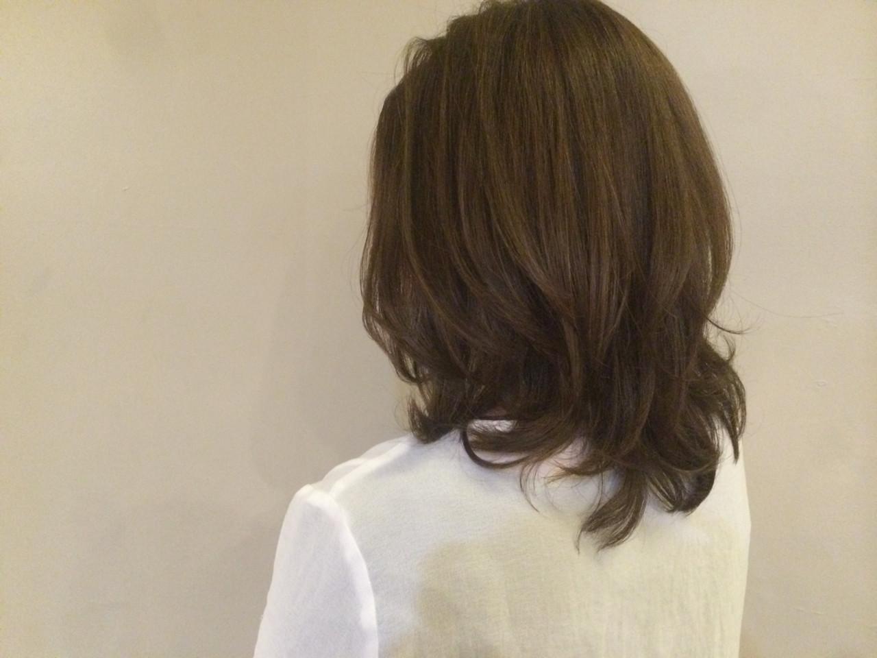 大人女子 セミロング ミディアム イルミナカラー ヘアスタイルや髪型の写真・画像