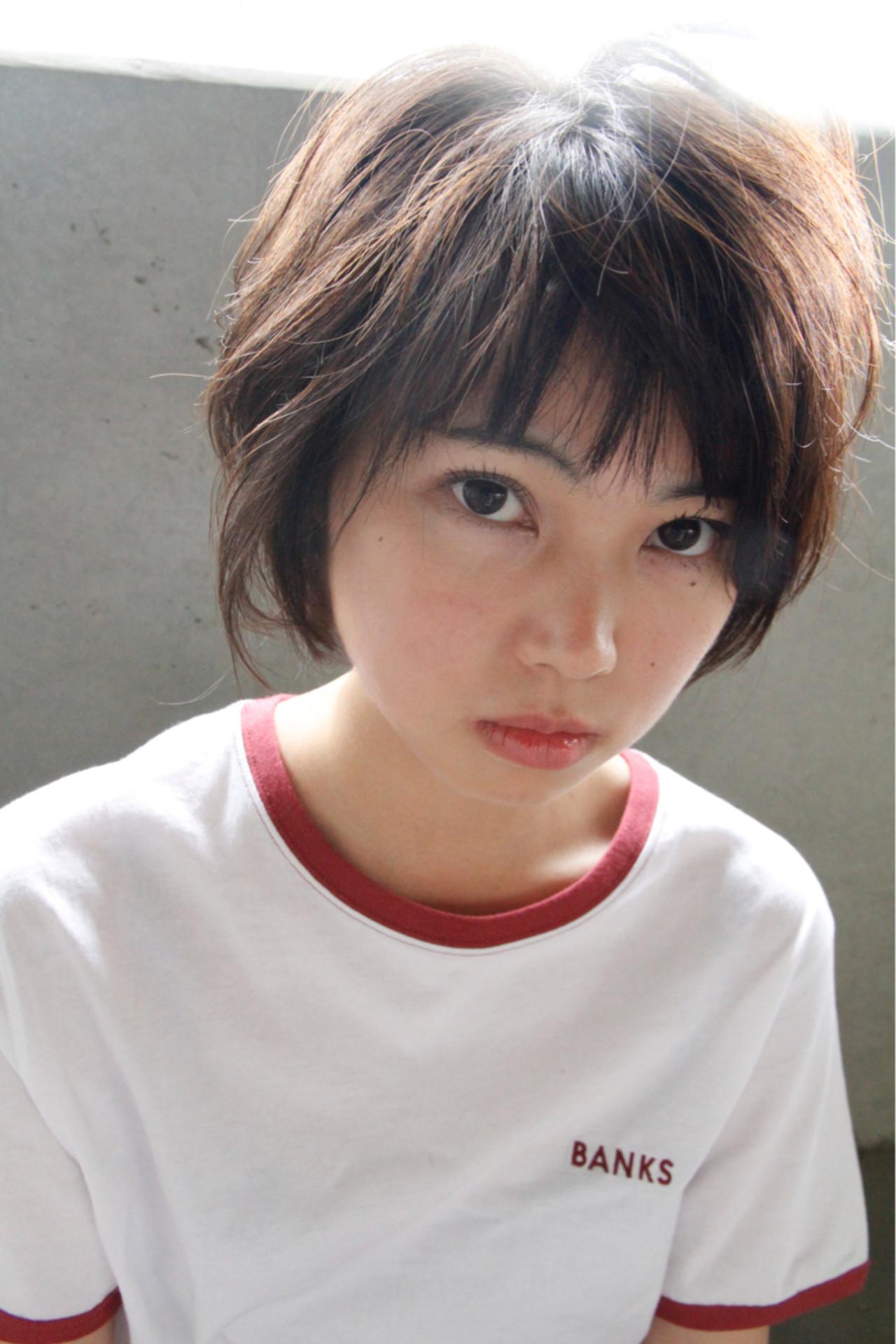 ショート 小顔 イルミナカラー ナチュラル ヘアスタイルや髪型の写真・画像