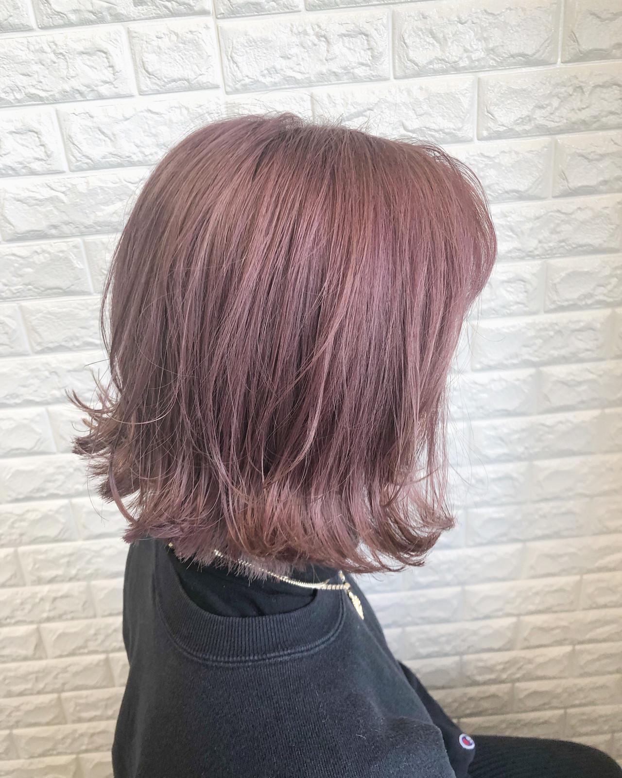 外ハネボブ ボブ フェミニン クリーミーカラー ヘアスタイルや髪型の写真・画像