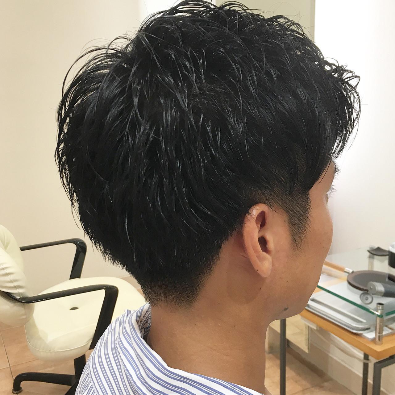 ツーブロック メンズ ベリーショート ウェット ヘアスタイルや髪型の写真・画像