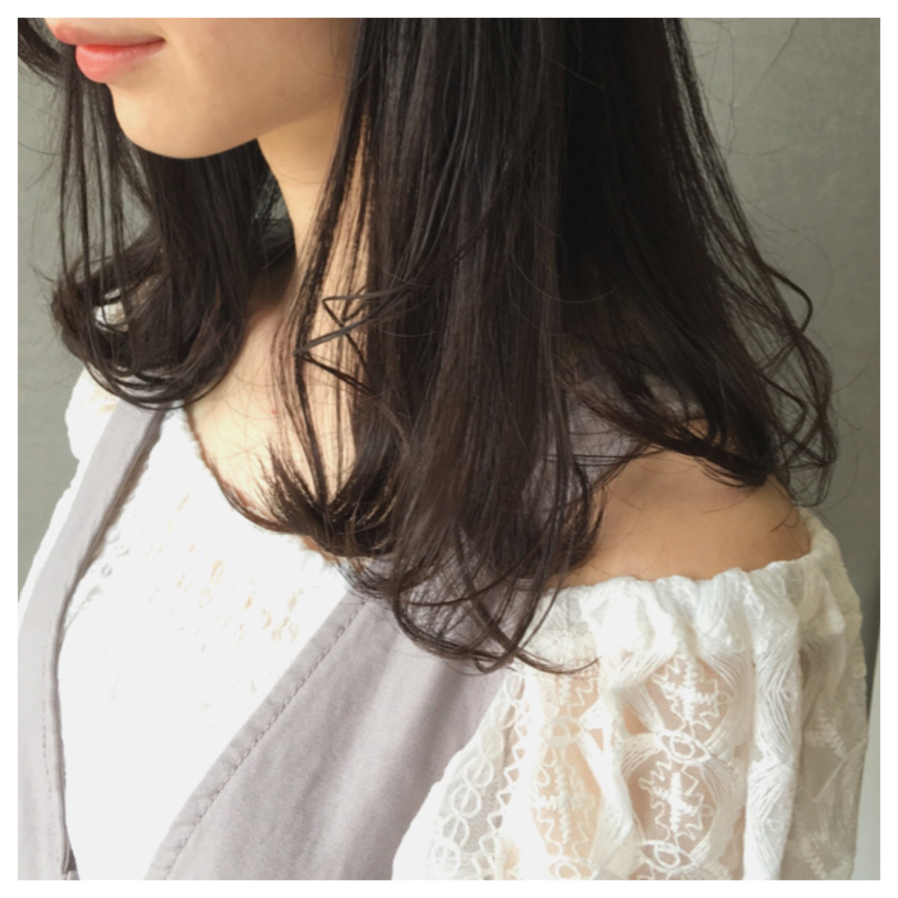 グレージュ ワンカール イルミナカラー 透明感 ヘアスタイルや髪型の写真・画像