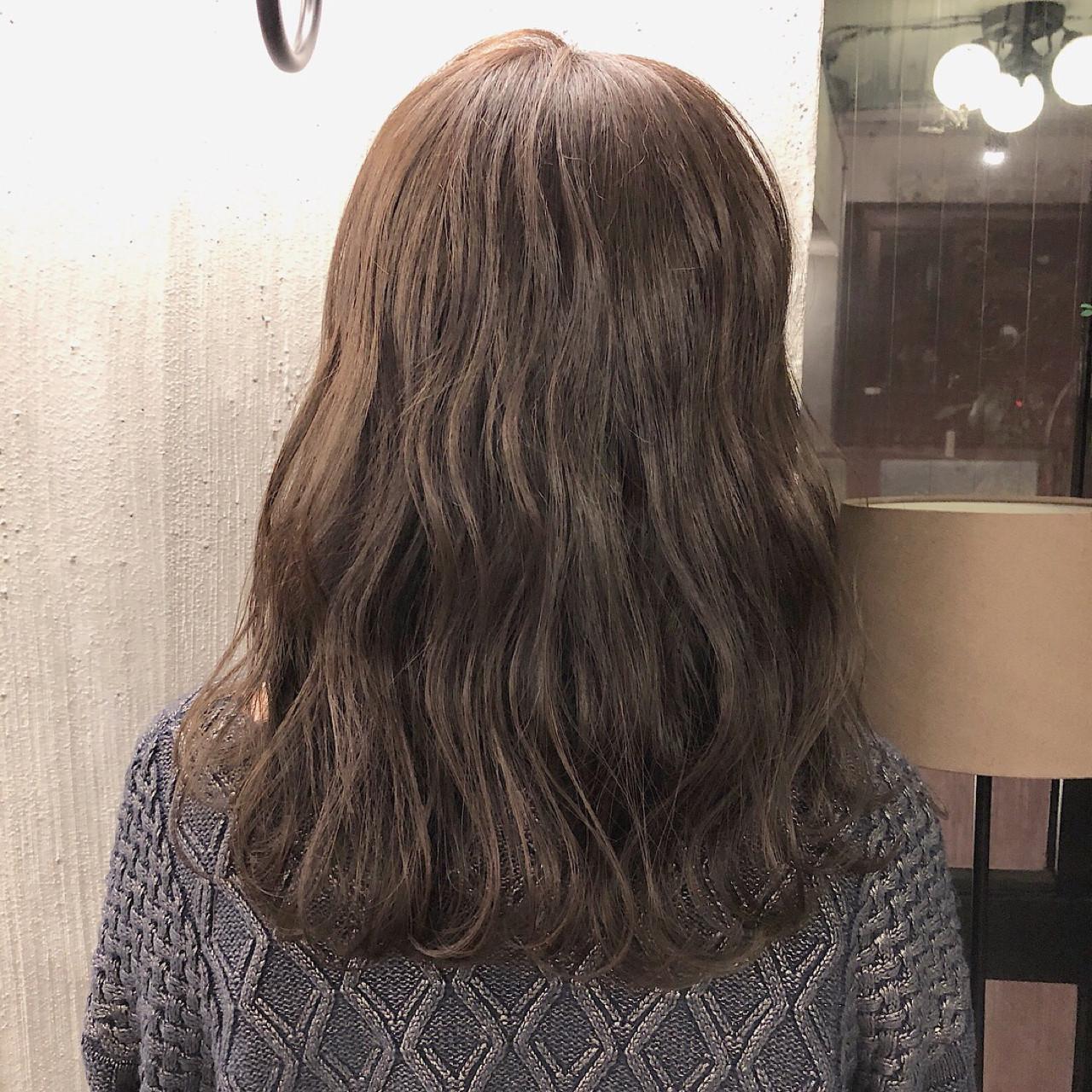 ヘアアレンジ ナチュラル 外国人風カラー セミロング ヘアスタイルや髪型の写真・画像