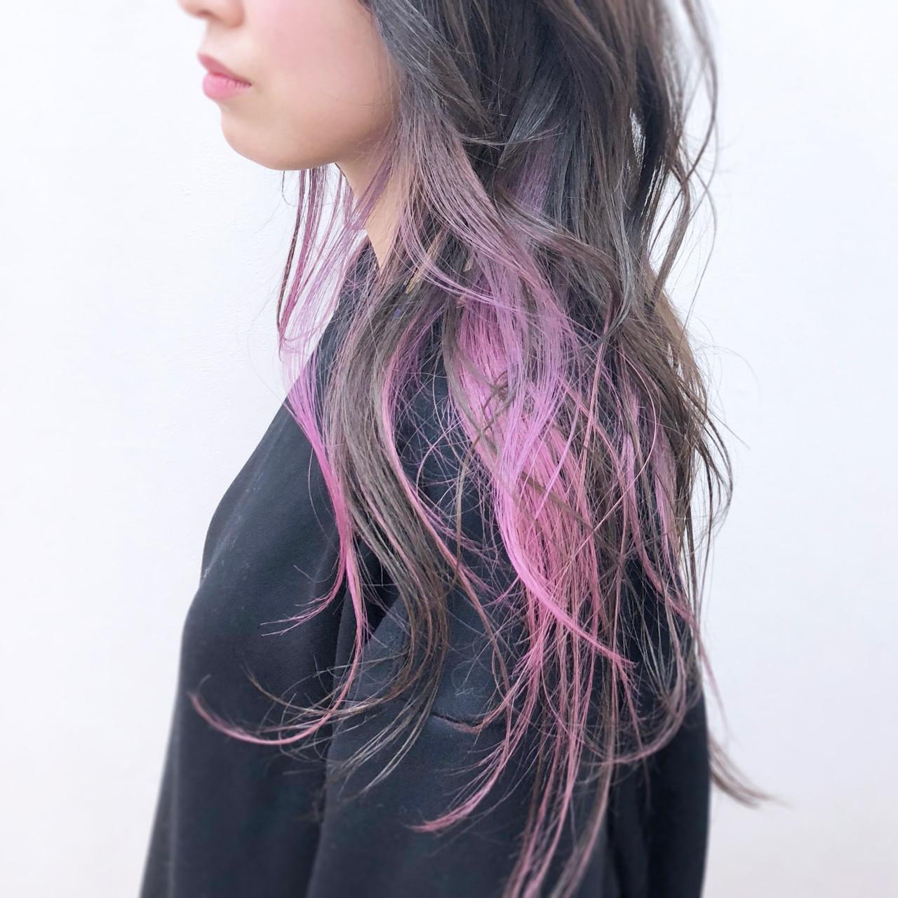 ピンク 透明感 インナーカラー ロング ヘアスタイルや髪型の写真・画像 | YSO / 電髪倶楽部street