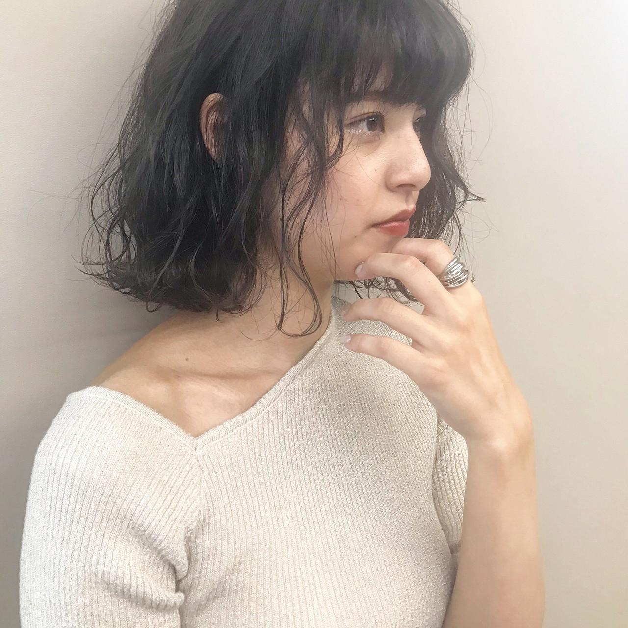 ダブルカラー アディクシーカラー フェミニン ボブ ヘアスタイルや髪型の写真・画像   上村 聖陽 / lia by defi