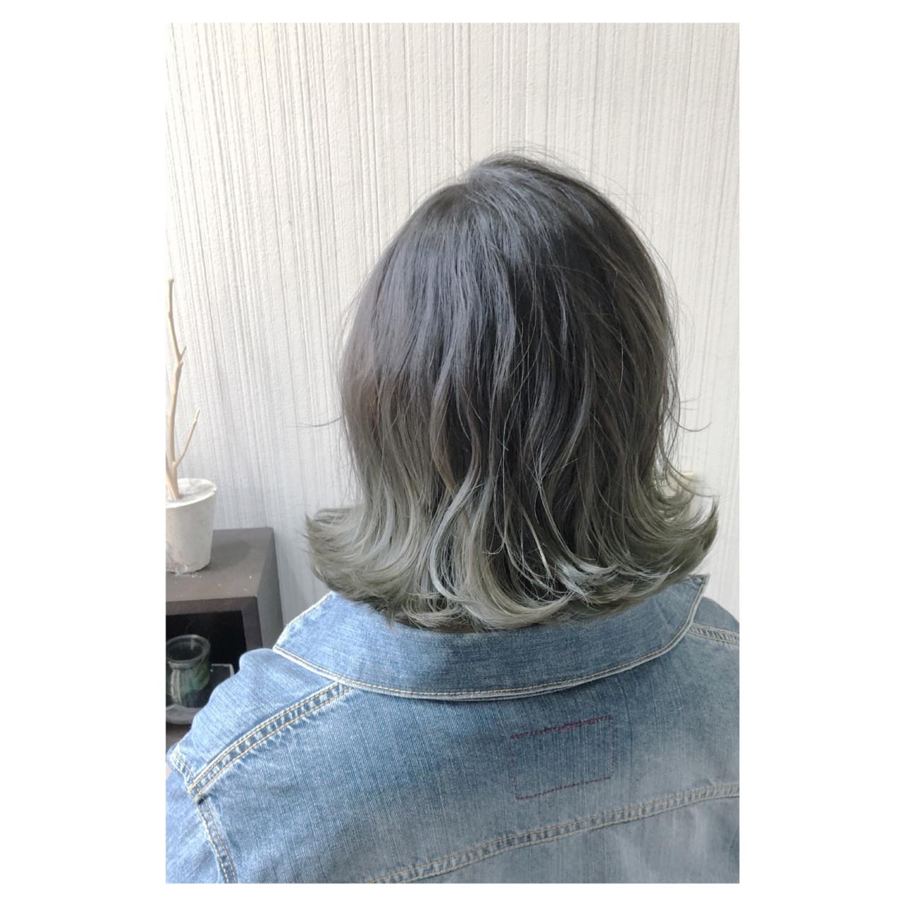 外国人風カラー 秋 外ハネ グレージュ ヘアスタイルや髪型の写真・画像