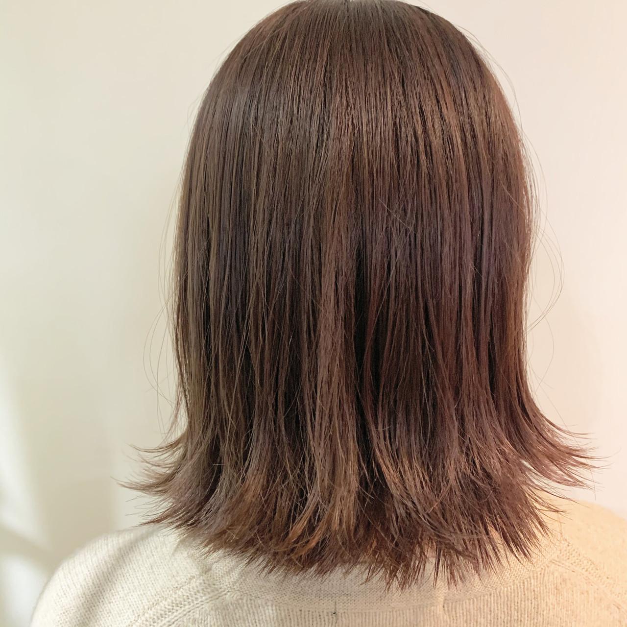 切りっぱなしボブ ピンクベージュ フェミニン ピンクアッシュ ヘアスタイルや髪型の写真・画像