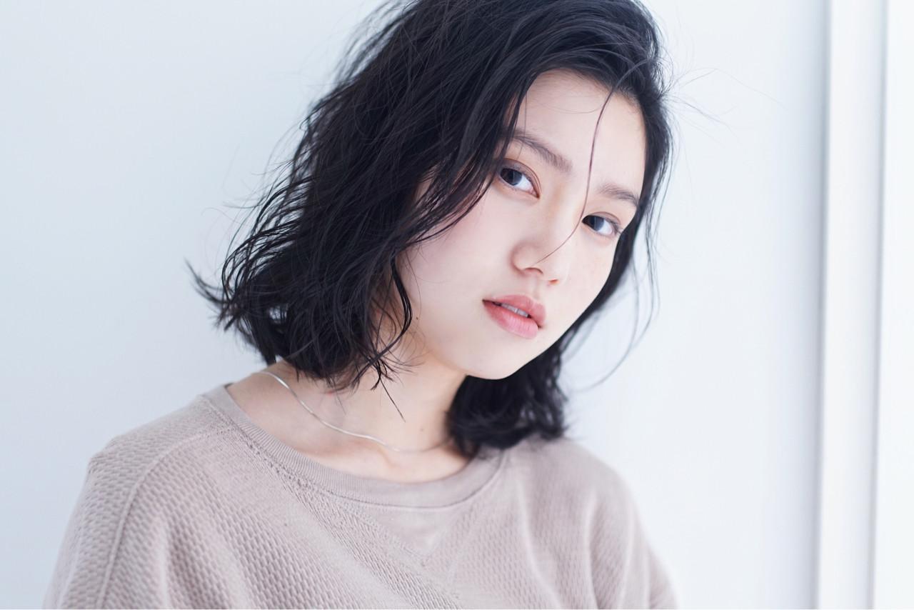 こなれ感 抜け感 暗髪 ミディアム ヘアスタイルや髪型の写真・画像 | 竹石 大介 / air-FUKUOKA