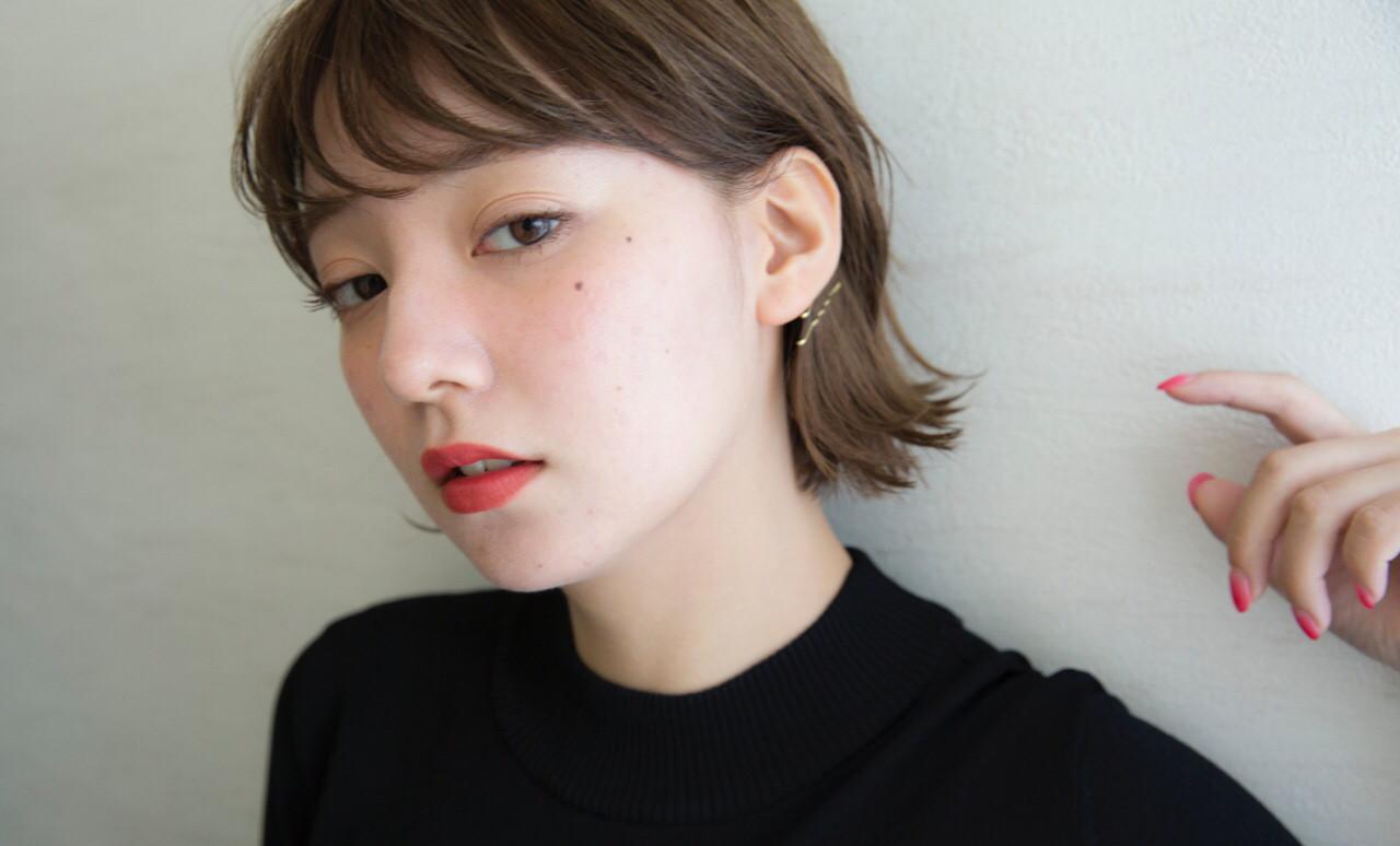 【NARUOKAオリジナルブレンドで作る外国人風ヴェールカラー】日本人特有の赤味、オレンジ味を消すことで透明感のある柔らかい質感を実現します!お客様の今の髪の状態、髪質に合わせてカラー剤をブレンドすることでダメージレスな外国人風カラーを実現☆  【NARUOKA】アレンジ×透明感のある外人風ヴェールカラー  外国人風ヴェールカラー+最高級トリートメントコース ¥12420(カットは+¥1620) 前髪カットはサービス   アッシュ、グレージュ、メルトカラー、ローライト、ハイライト、グラデーションカラー、イノセントカラー、グラデーションカラー、ベージュカラー、外国人風カラー、ラベンダー、カーキ、オリージュ、ブルージュ、ピンク、レッド、ダークカラーご相談ください