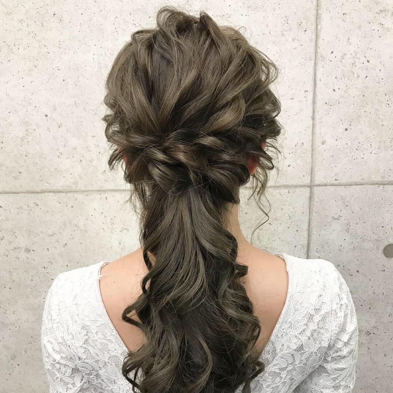 ハーフアップ ローポニーテール 上品 結婚式 ヘアスタイルや髪型の写真・画像 | シンディー(店長)/shinji / hair make salon Revier