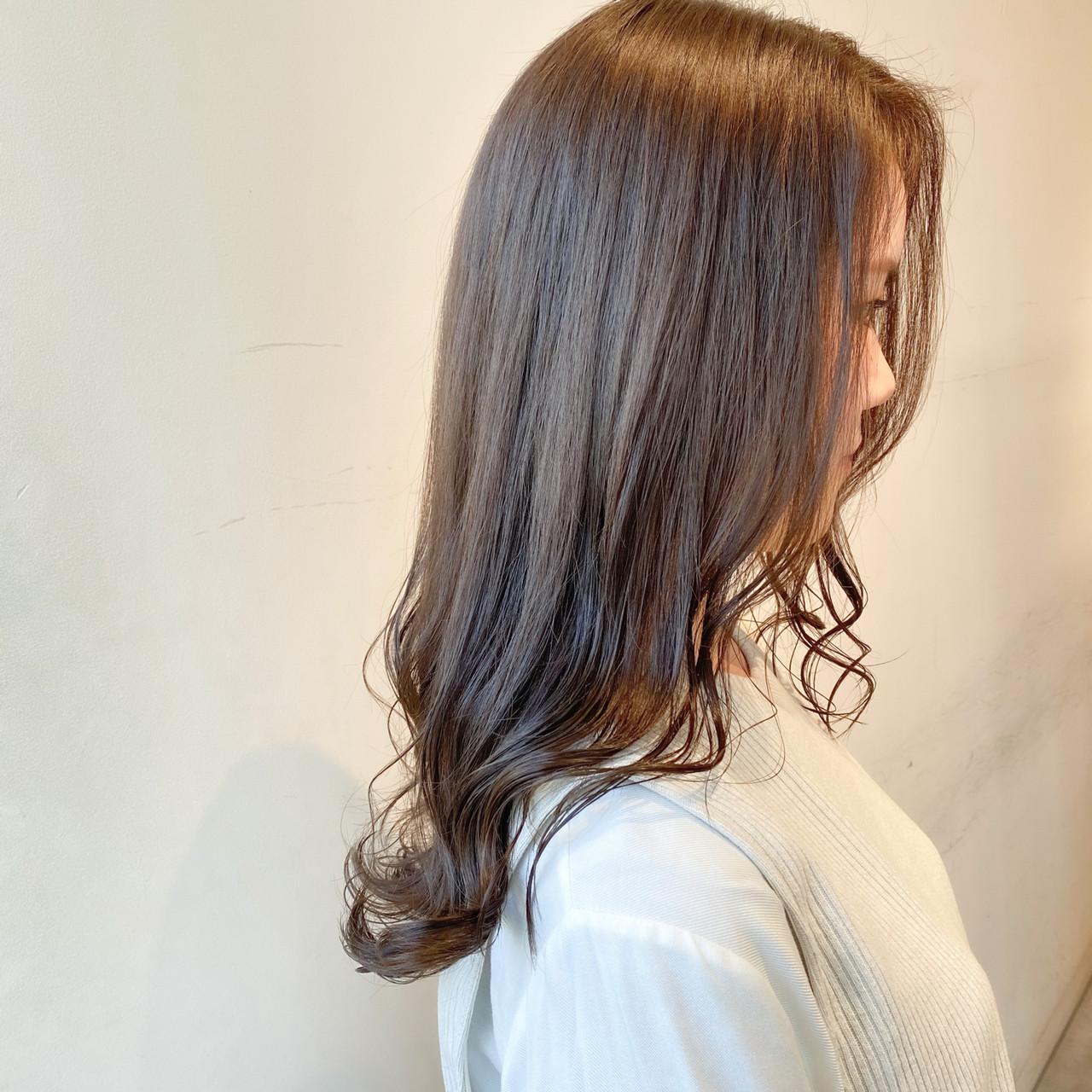 ブリーチなし ミルクティーグレージュ グレージュ ナチュラル ヘアスタイルや髪型の写真・画像 | 村西 郁人 / rue