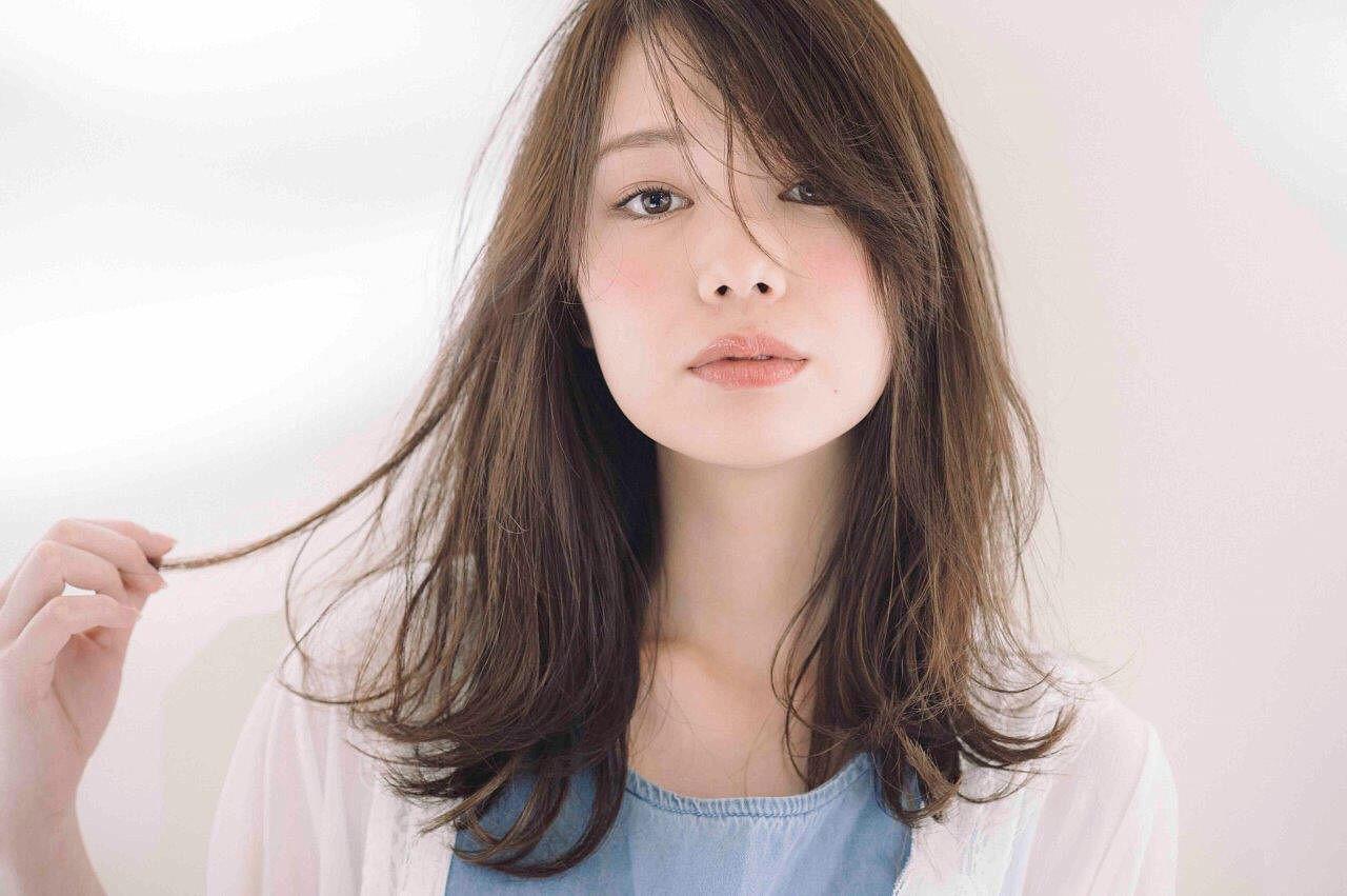 モード ゆるふわ アンニュイ ベージュ ヘアスタイルや髪型の写真・画像