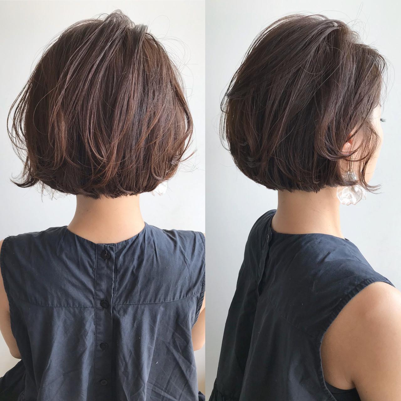 ショートボブ 切りっぱなしボブ ショートヘア フェミニン ヘアスタイルや髪型の写真・画像 | 魚住理恵子 / ヘアデザインサロンCiel