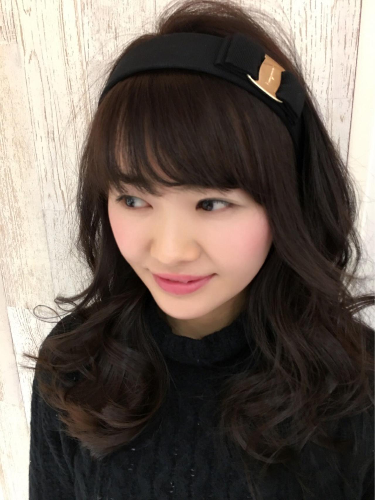 フェミニン アッシュ セミロング ヘアアレンジ ヘアスタイルや髪型の写真・画像 | 佐藤理彩 / Hair Design Laule'a
