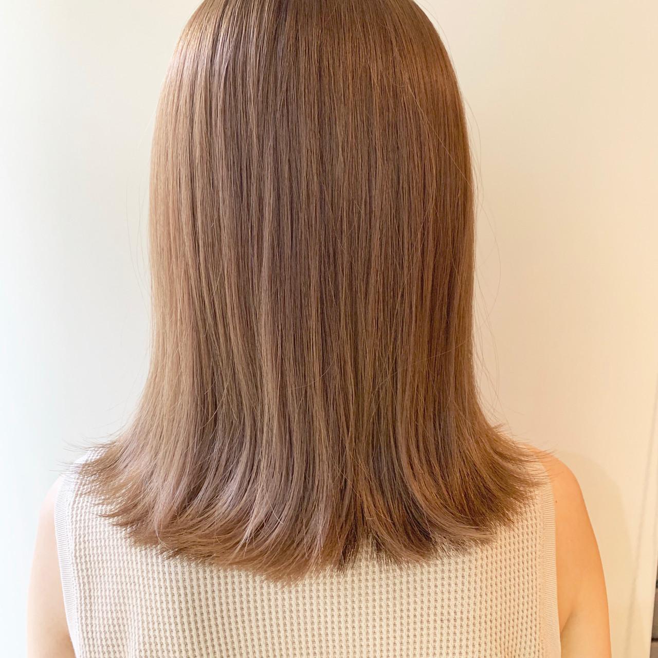 ベージュ ミルクティーベージュ ハイトーン ヌーディーベージュ ヘアスタイルや髪型の写真・画像 | 谷川 健太 / ROVERSI