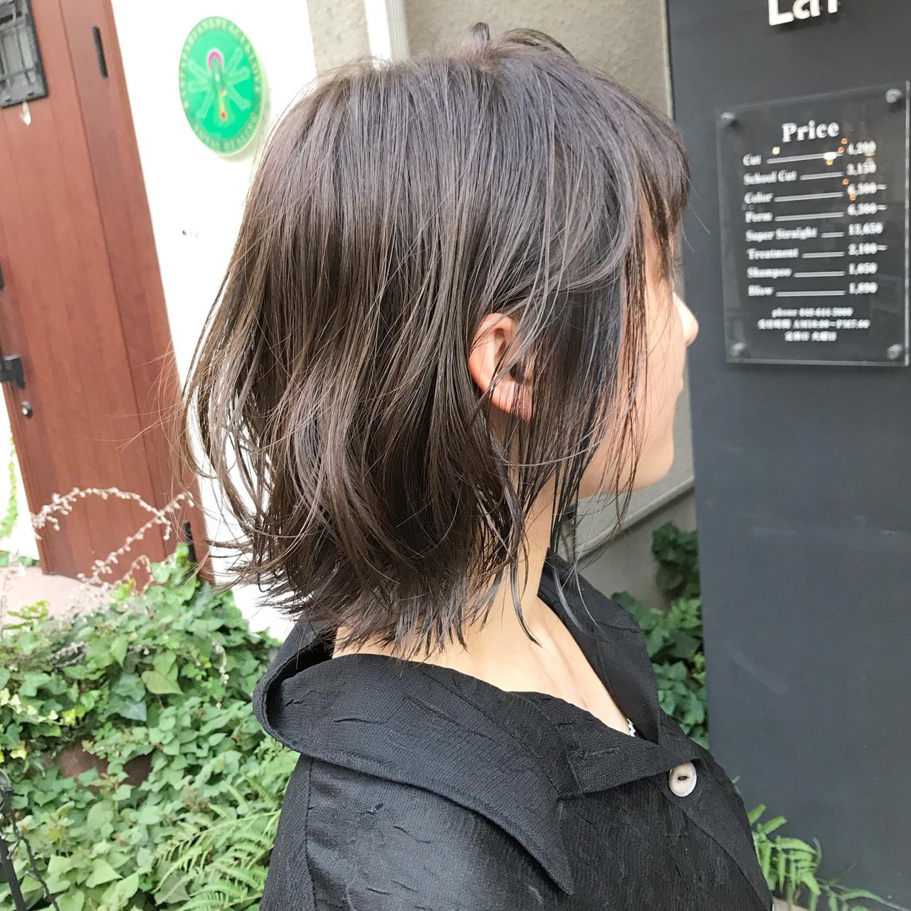 外ハネボブ 切りっぱなしボブ 小顔ショート くびれボブ ヘアスタイルや髪型の写真・画像