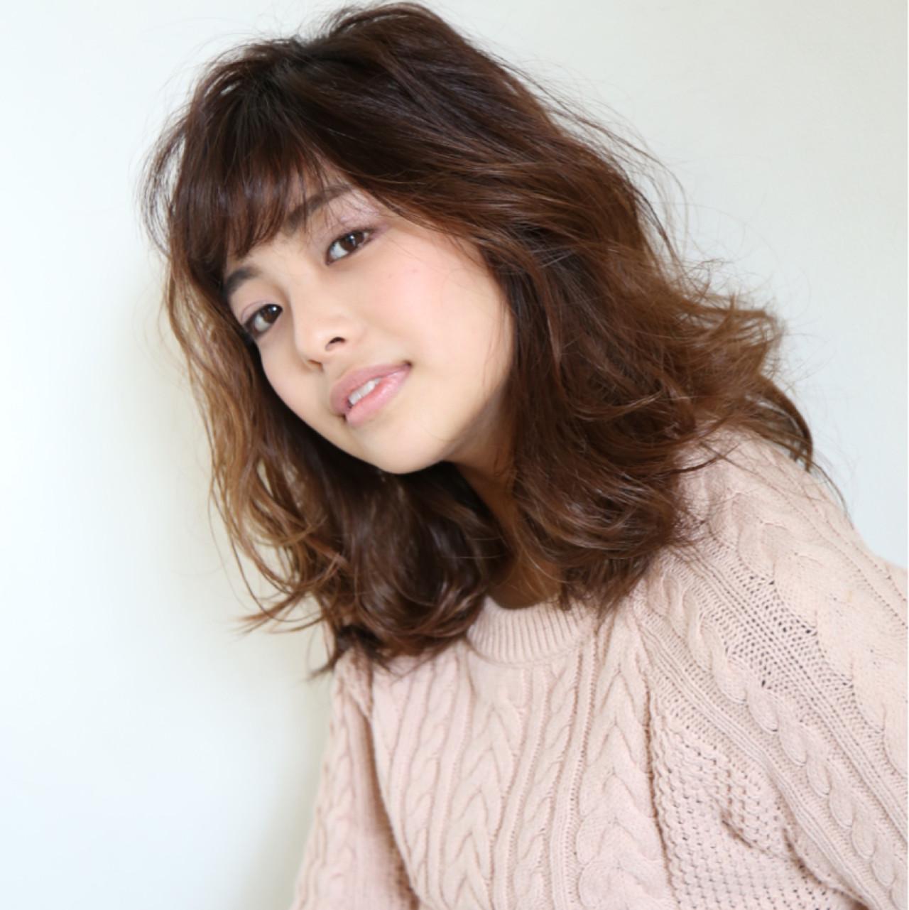 パーマ 小顔 ニュアンス ナチュラル ヘアスタイルや髪型の写真・画像   西川 史浩 / kisai BUZZ