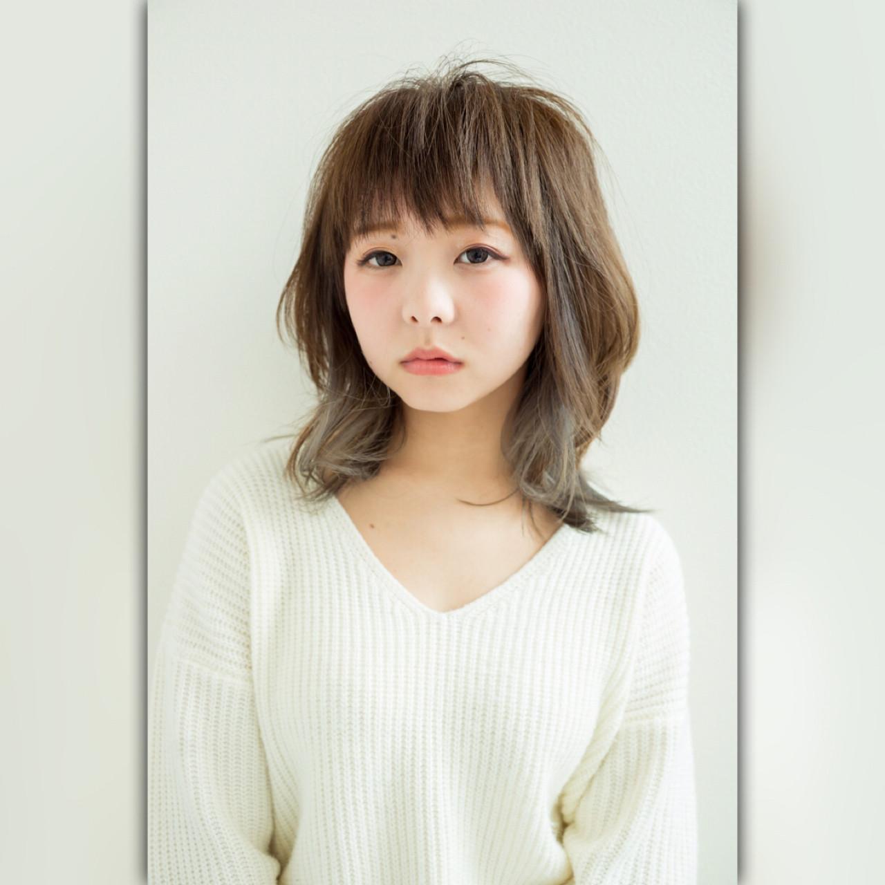 ゆるふわ インナーカラー 外国人風カラー グレージュ ヘアスタイルや髪型の写真・画像 | 和田龍太 / marluci