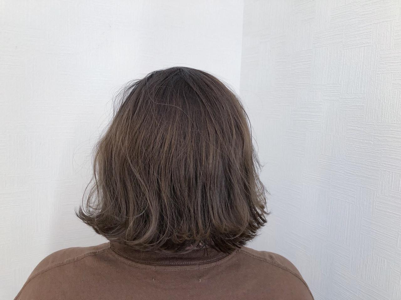 ナチュラル 簡単ヘアアレンジ スモーキーカラー 切りっぱなしボブ ヘアスタイルや髪型の写真・画像 | 牧 優子 / agu HAIR cyan