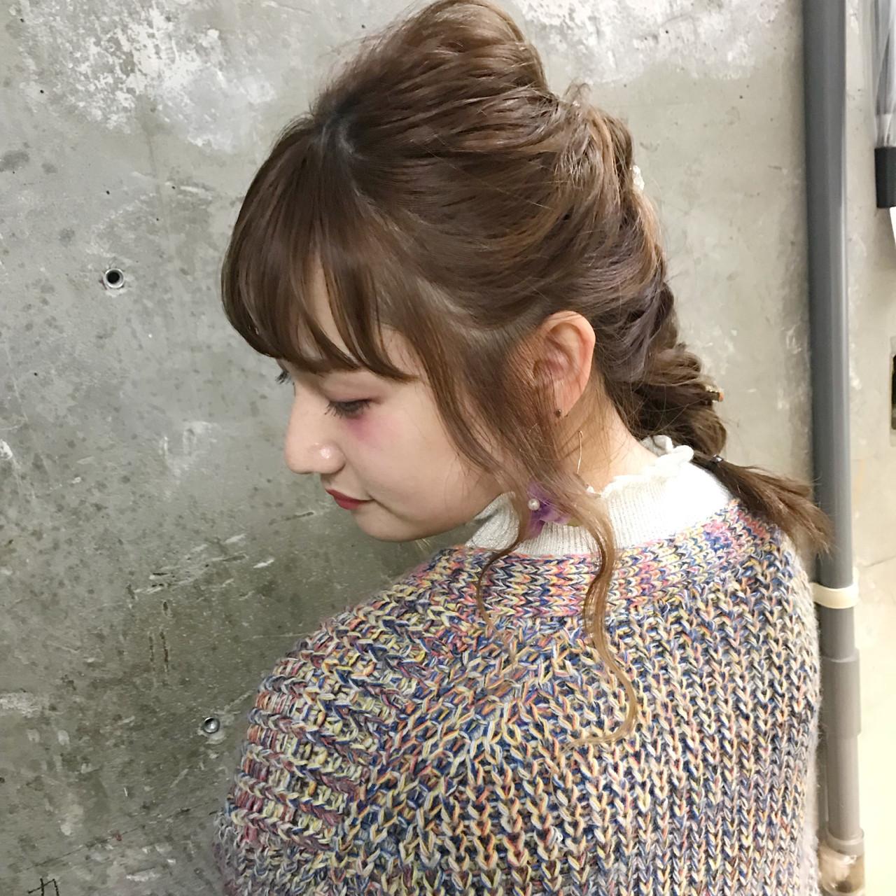 謝恩会 ミディアム オフィス ガーリー ヘアスタイルや髪型の写真・画像