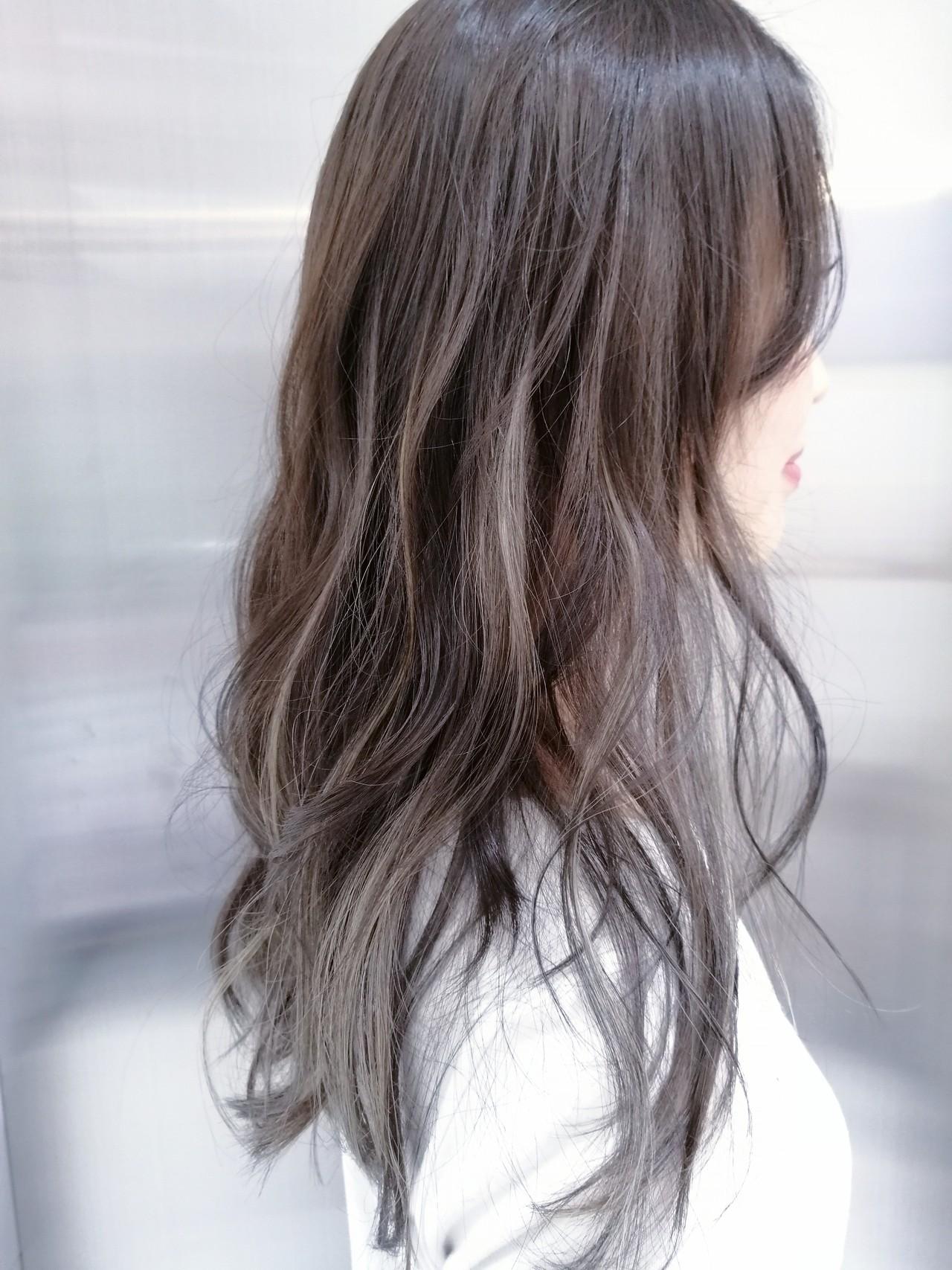 ミルクティーベージュ ハイライト 透明感カラー 外国人風カラー ヘアスタイルや髪型の写真・画像