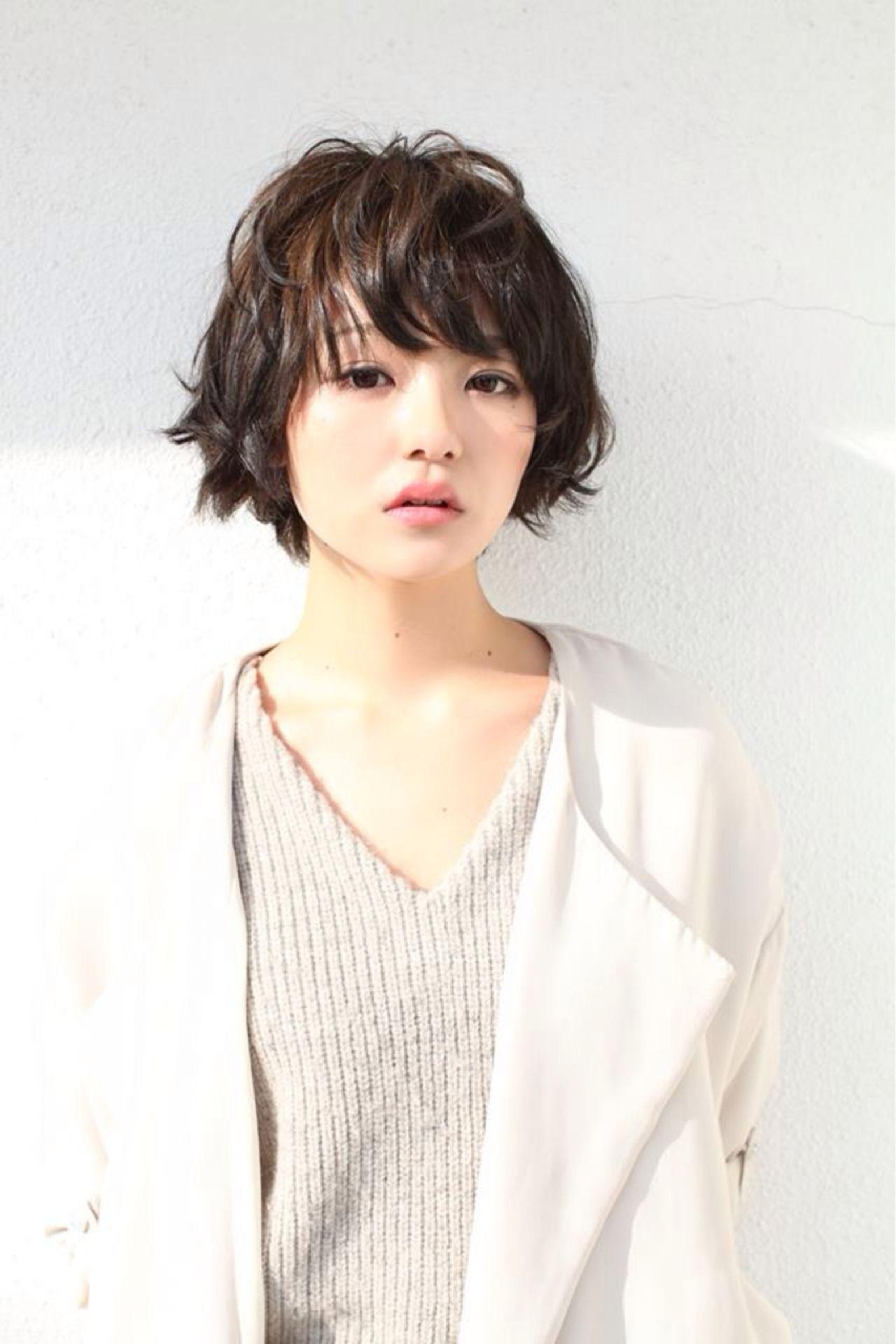 小顔に見せる効果抜群。自然でキュートな印象を生み出す魔法の前髪♡ ishihara takuya